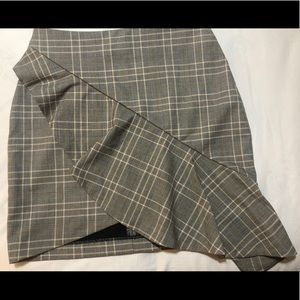 H&M PLAID SKIRT